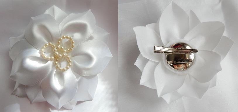 白サテン お花のコサージュ&ヘアクリップ