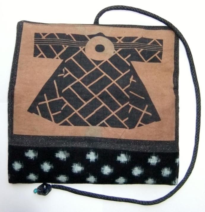 着物リメイク 雪ん子絣と半纏柄で作った和風財布 939