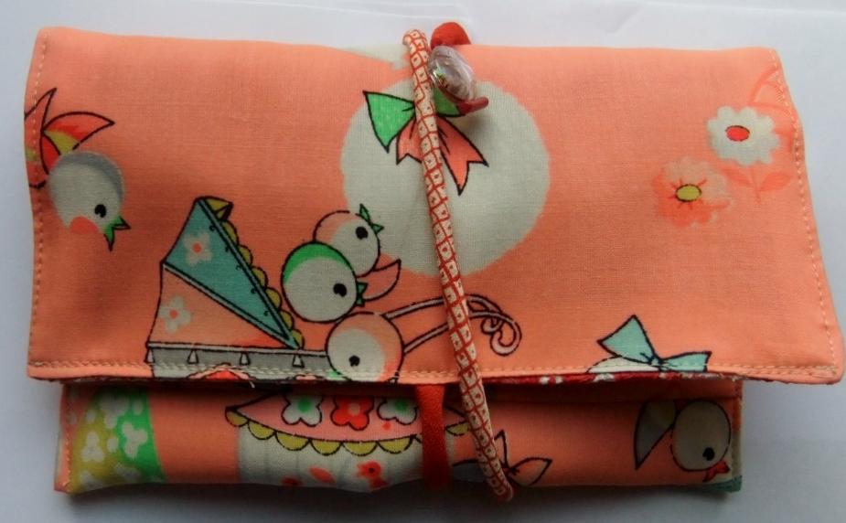 着物リメイク 女の子の着物で作った和風財布 963