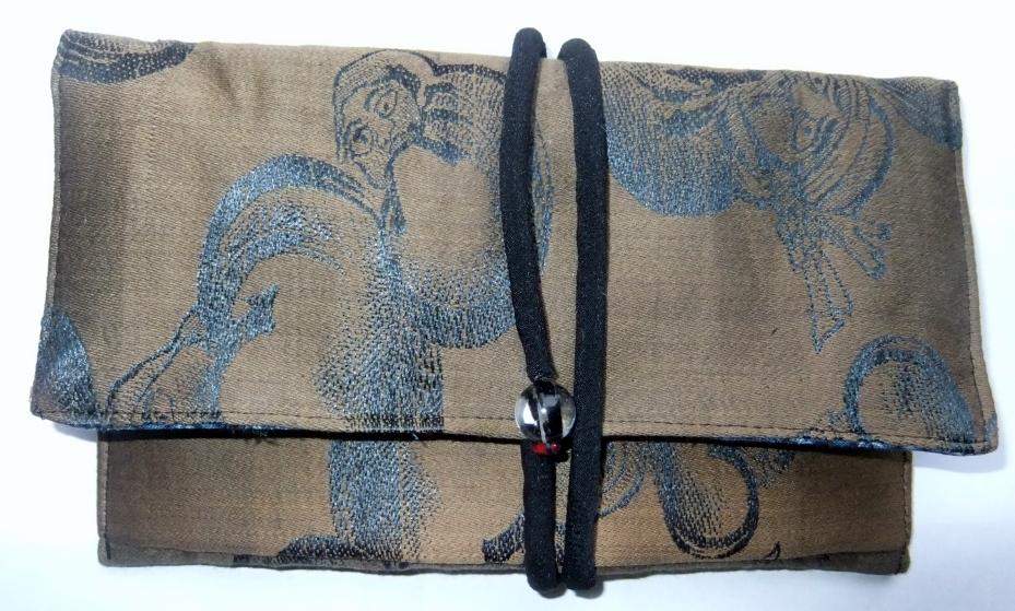着物リメイク 羽織の裏地で作った和風財布 968