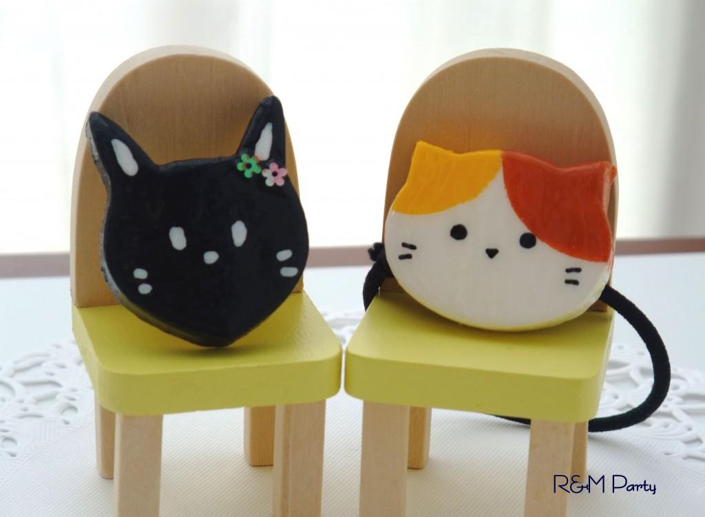 NEW★おすまし黒猫とのんびり三毛猫のヘアゴム