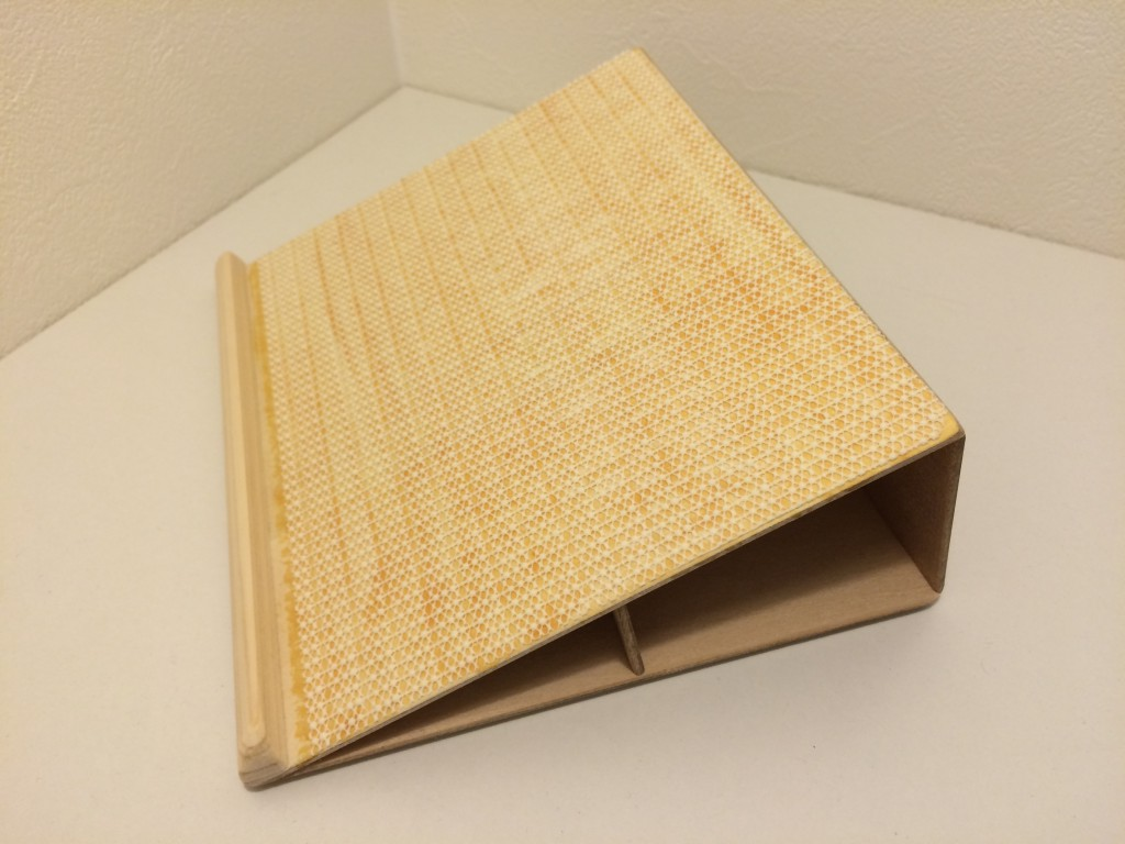 iPad stand2