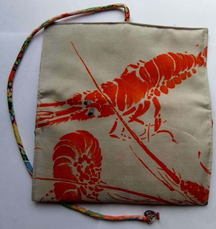 着物リメイク 羽織の裏地で作った和風財布 977