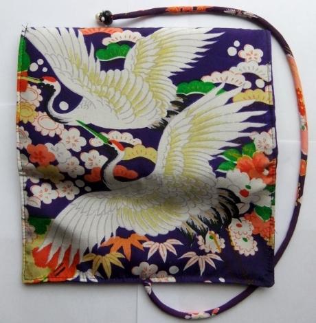 着物リメイク 女の子の着物で作った和風財布 1012