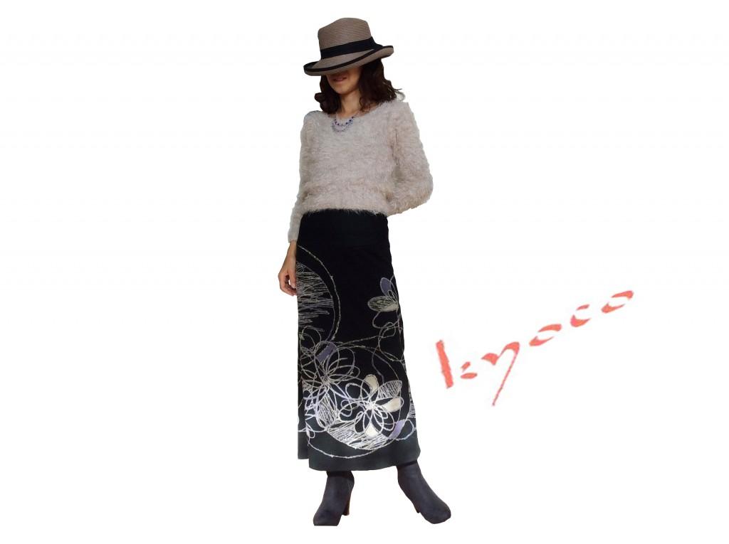 パターン柄すっきりニットロングスカート