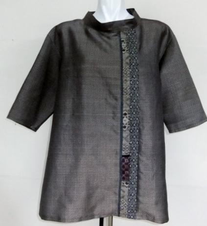 着物リメイク 大島紬で作ったプルオーバー 1061