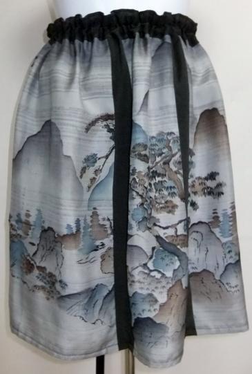 着物リメイク 羽織の裏地と留袖で作った和風財布 1090