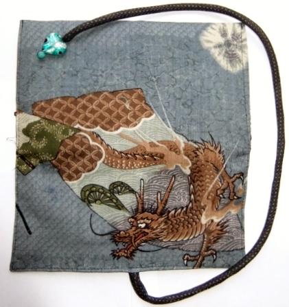 着物リメイク モスの長襦袢で作った和風財布 1089