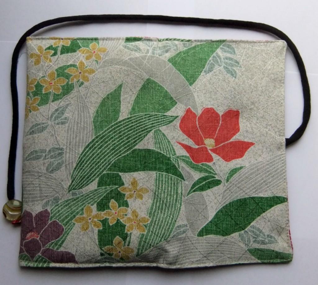 着物リメイク 花柄の訪問着で作った和風財布 1097