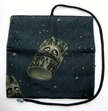 着物リメイク 羽織の裏地で作った和風財布 1100