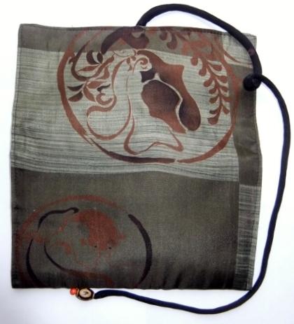 着物リメイク 羽織の裏地で作った和風財布 1144