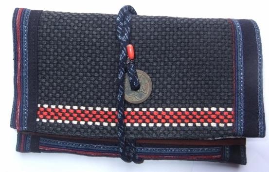 着物リメイク 消防団服と柿渋で染めた大漁旗で作った和風財布 1268