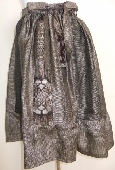 着物リメイク 大島紬で作った膝丈スカート 1384