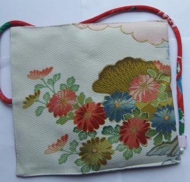 着物リメイク 手書きの振袖で作った和風財布 1387