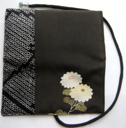 着物リメイク 色留袖と絞りの羽織で作った和風財布 1400