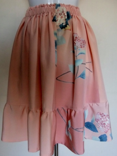 着物リメイク 花柄の訪問着で作った膝丈スカート 1435