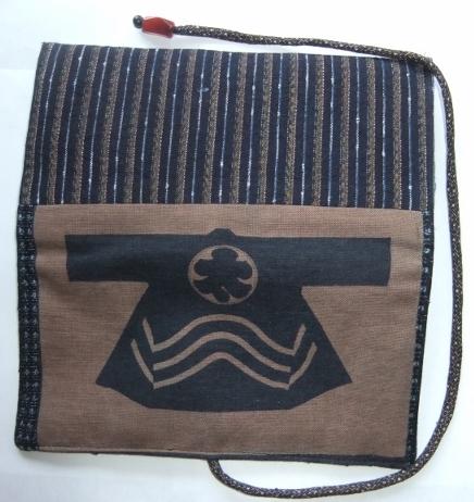 着物リメイク 唐桟縞の着物と半纏柄で作った和風財布 1453