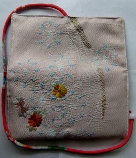 着物リメイク 花柄の着物で作った和風財布 1625