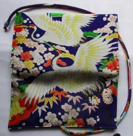 送料無料 花柄の着物で作った和風財布・ポーチ 2543