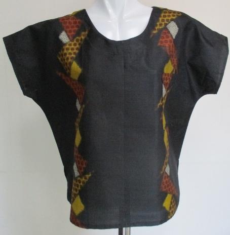 送料無料 着物リメイク 銘仙の着物で作ったプルオーバー 2605