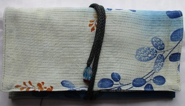 送料無料 絽の着物で作った和風財布・ポーチ 2643