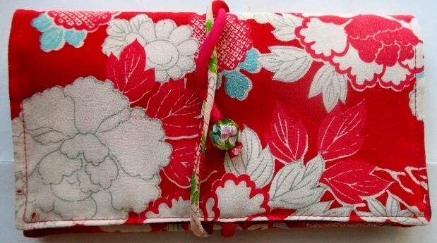 送料無料 花柄の長襦袢で作った和風財布・ポーチ 2861
