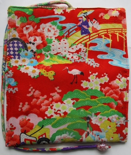 送料無料 花柄の着物で作った和風財布・ポーチ 2928
