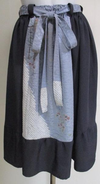 送料無料 縮緬と絞り柄の着物で作ったスカート 3002