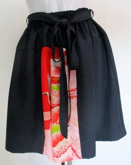 送料無料 留袖と鶴柄の長襦袢で作ったミニスカート 3082