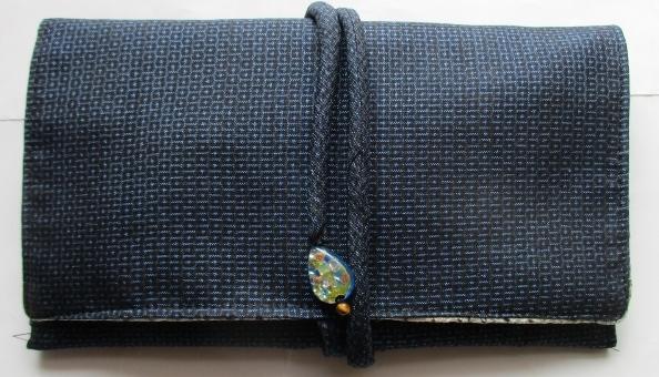 送料無料 藍大島紬で作った和風財布・ポーチ 3084
