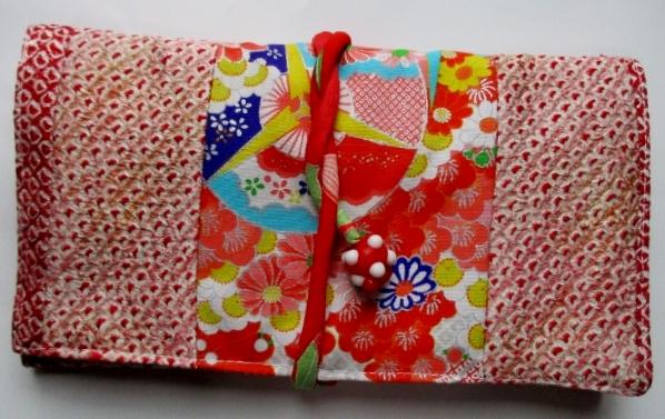 送料無料 絞りと花柄の着物で作った和風財布・ポーチ 3243
