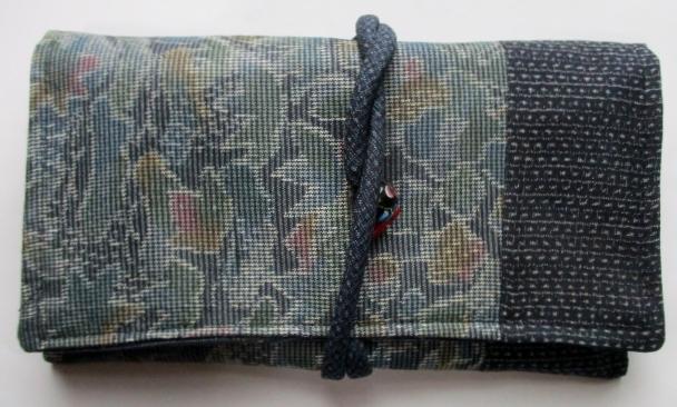 送料無料 大島紬で作った和風財布・ポーチ 3261