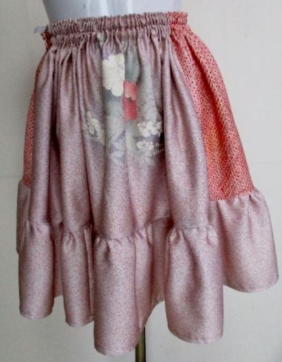 送料無料 絞りと花柄の振袖で作ったミニスカート 3270