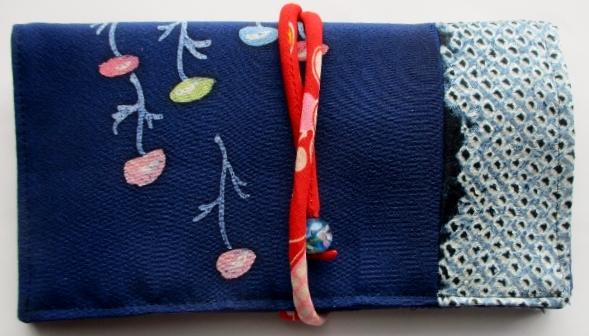 送料無料 絞りと花柄の着物で作った和風財布・ポーチ 3337