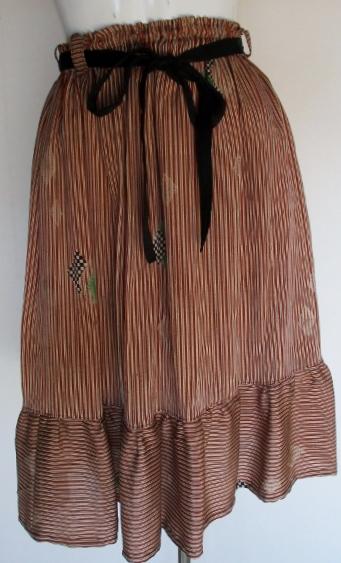送料無料 正絹の着物で作った膝丈スカート 3347