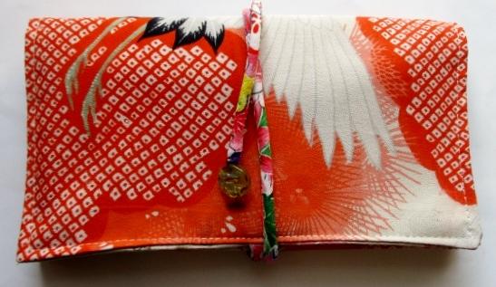 送料無料 鶴の柄の長襦袢で作った和風財布・ポーチ3363