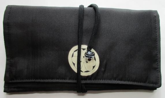 送料無料 羽二重の着物で作った和風財布・ポーチ 3504