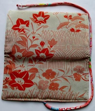着物リメイク 花柄の長襦袢で作った和風財布・ポーチ3534