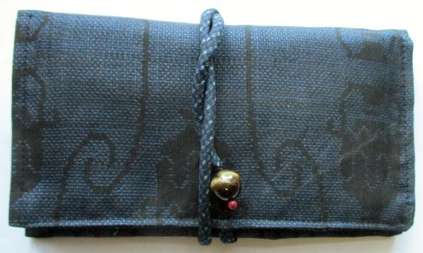 送料無料 藍大島紬で作った和風財布・ポーチ 3604
