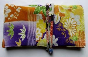 送料無料 花柄の振袖で作った和風財布・ポーチ 3607