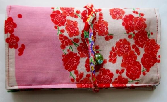 送料無料 花柄の長襦袢で作った和風財布・ポーチ 3619