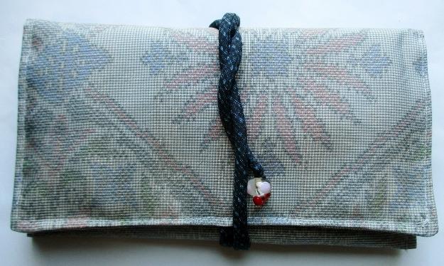送料無料 色大島紬で作った和風財布・ポーチ 3642