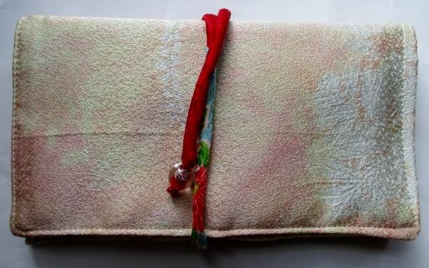 送料無料 絞りの着物で作った和風財布・ポーチ 3759