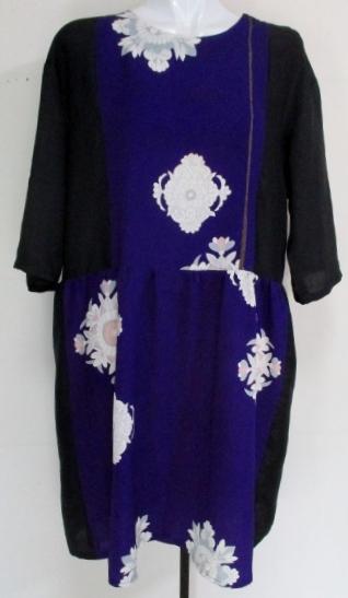 花柄の着物と黒の羽二重で作ったチュニック 3789