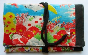 花柄の着物で作った和風財布・ポーチ 3798