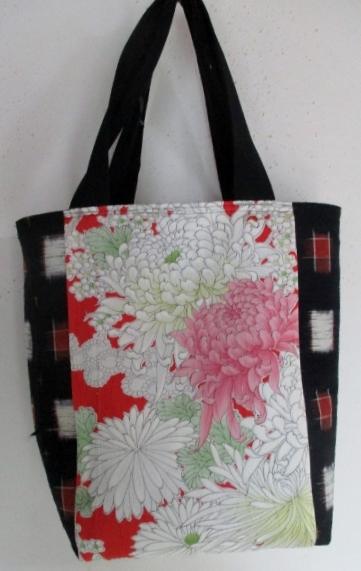 送料無料 花柄の振袖と紬で作った手提げ袋 3830