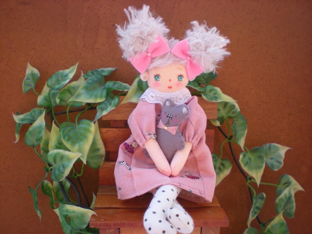 布人形 おだんごヘヤーの女の子